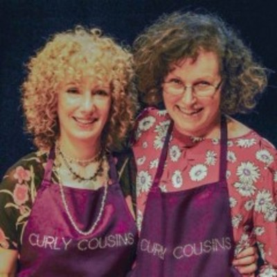 Curly Cousines