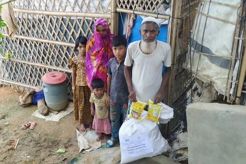 Rohingya refugee camp  bangladesh   family receive food parcel listing